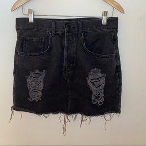 🌹4/16🌹XXI High waisted black denim skirt